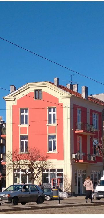 Боядисване жилищна сгрда (5)
